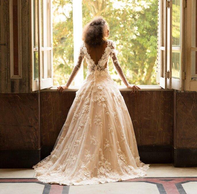 Vestido: Atelier Carol Hungria. Foto: Rodrigo Sack