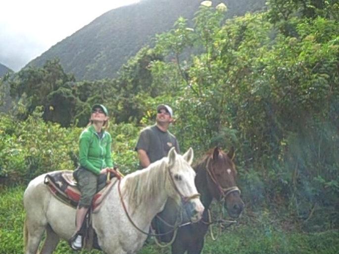 Romántica cabalgata para un día de aventuras entre cerros y exhuberante vegetación