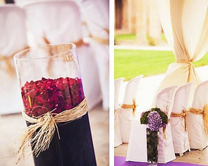 Arreglos florales en jarrones de vidrio - Foto: Attitude fotografía