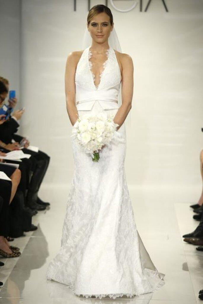 Vestido de novia 2014 con escote pronunciado, cuello halter y silueta peplum de Theia