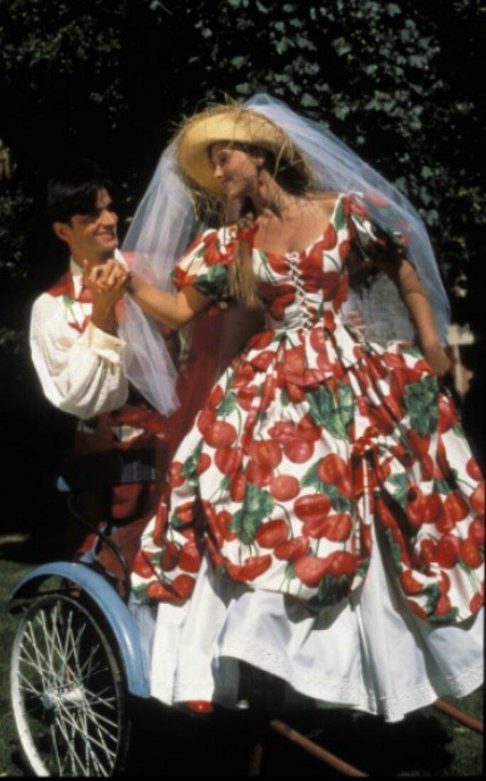 Robe de mariée Zélia sur la Terre comme au Ciel, modèle La Griotte