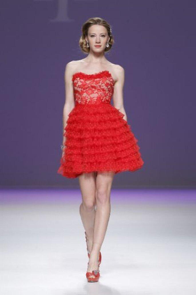 sexy Brautkleid in Rot! - AnaTorres