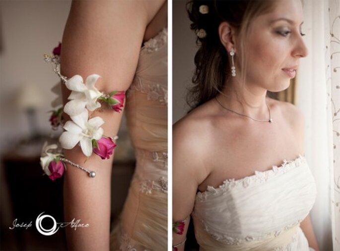 Brazalete para novia con flores. Fotografía Joseph Alfaro