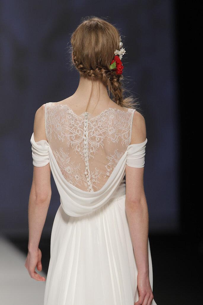 Vestidos de novia 2015 con hombros caídos - Foto Victorio & Lucchino