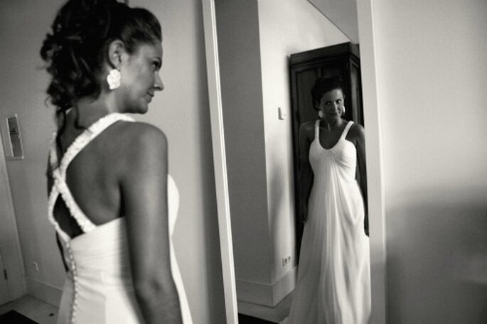 Pensez au petit nécessaire beauté le jour du mariage. - Photo : Nuno Palha robe