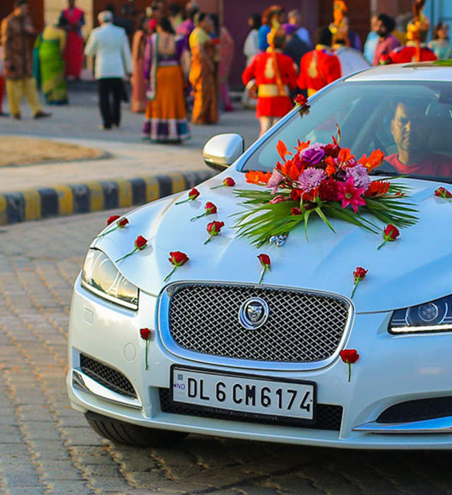 Wedding cars & buses in India