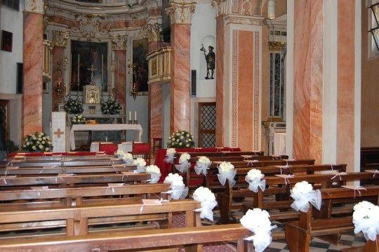 Rose bianche Chiesa Campagnola