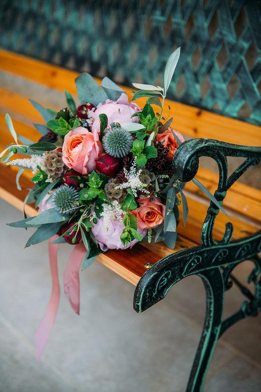 Les Mauvaises Herbes, Artisans Fleuristes. Crédit photo: Tant de Poses.