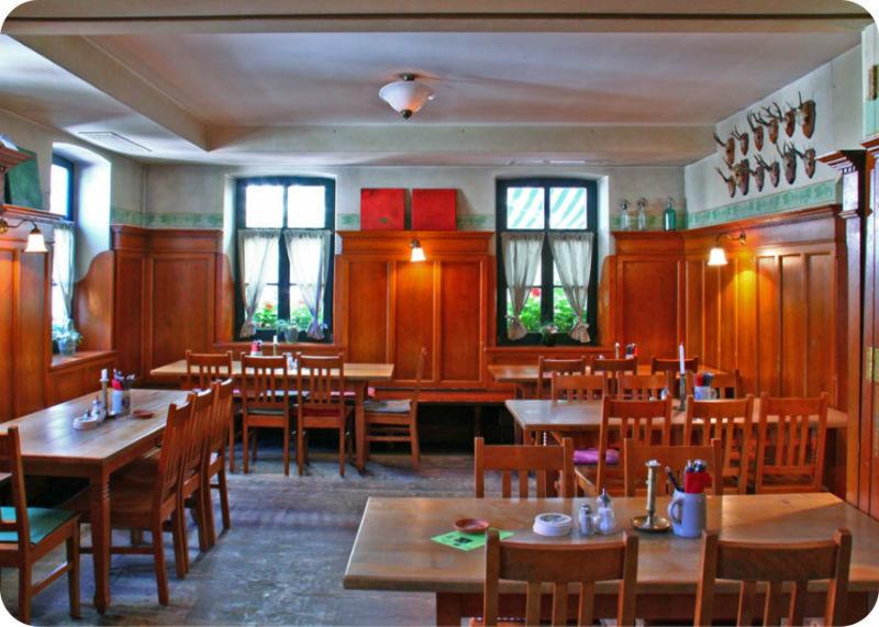 Beispiel: Gaststube, Foto: Gasthaus Inselkammer.