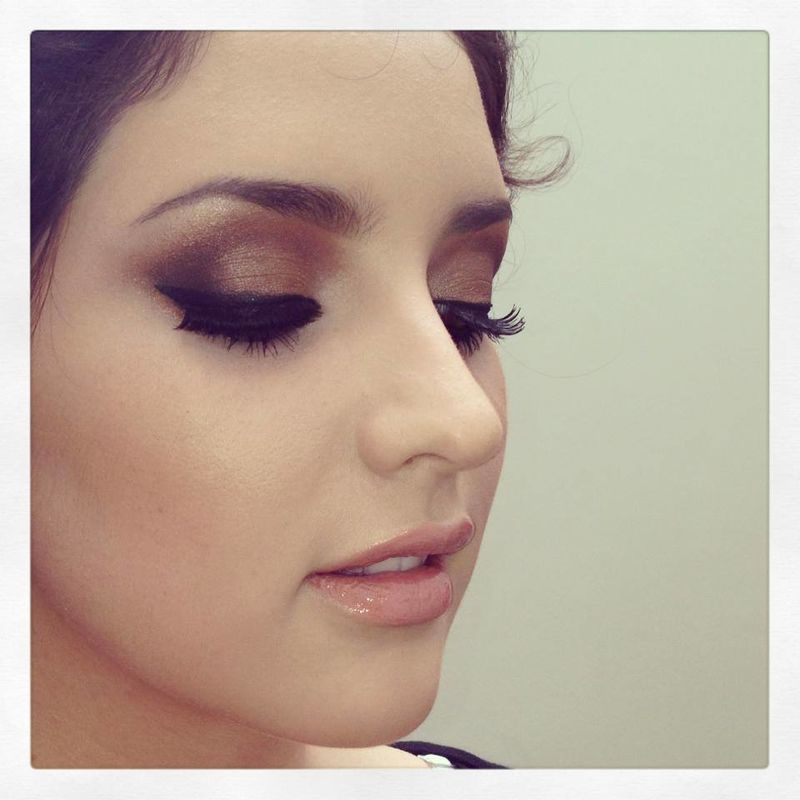 Almendra Castellanos Make-Up Artist