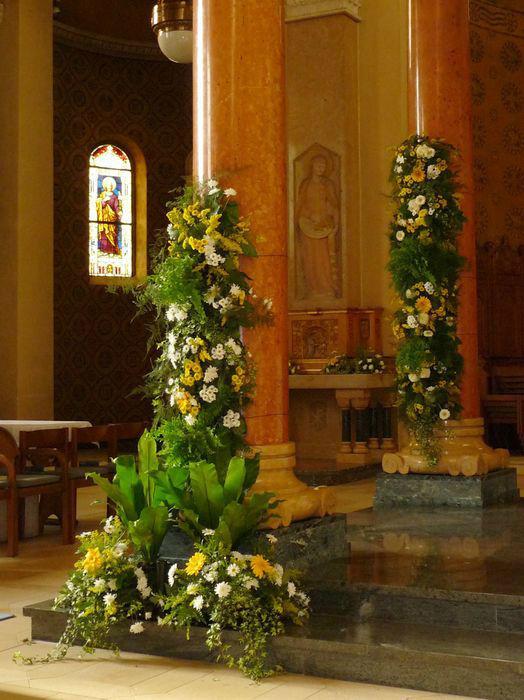 Beispiel: Florale Hochzeitsdekoration, Foto: Blumenhaus Frei.