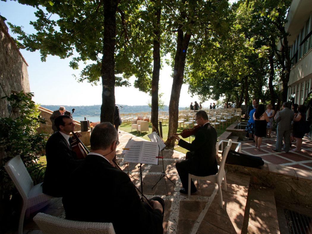 La Locanda dele Pontefice concerto in giardino per evento matrimonio