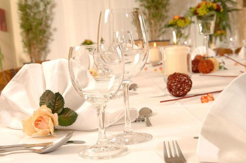 Beispiel: Tischdekoration, Foto: Café Steintormarsch.