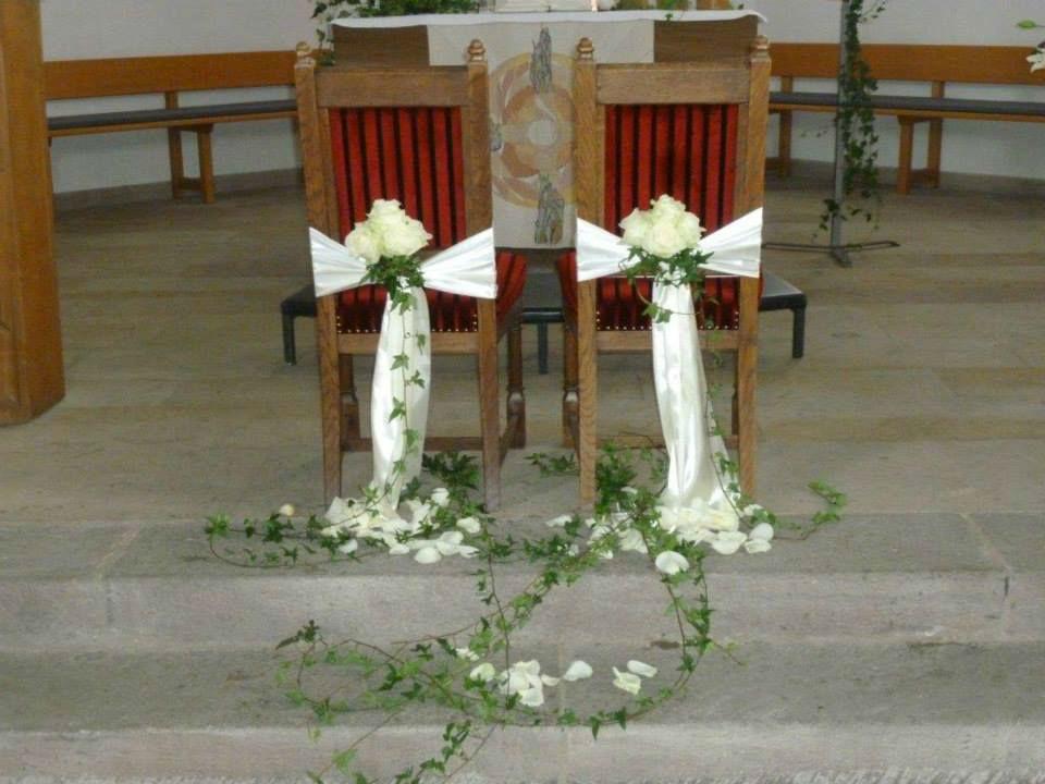 Beispiel: Blumen für die Zeremonie, Foto: Blumen Kuhn Floraldesign.