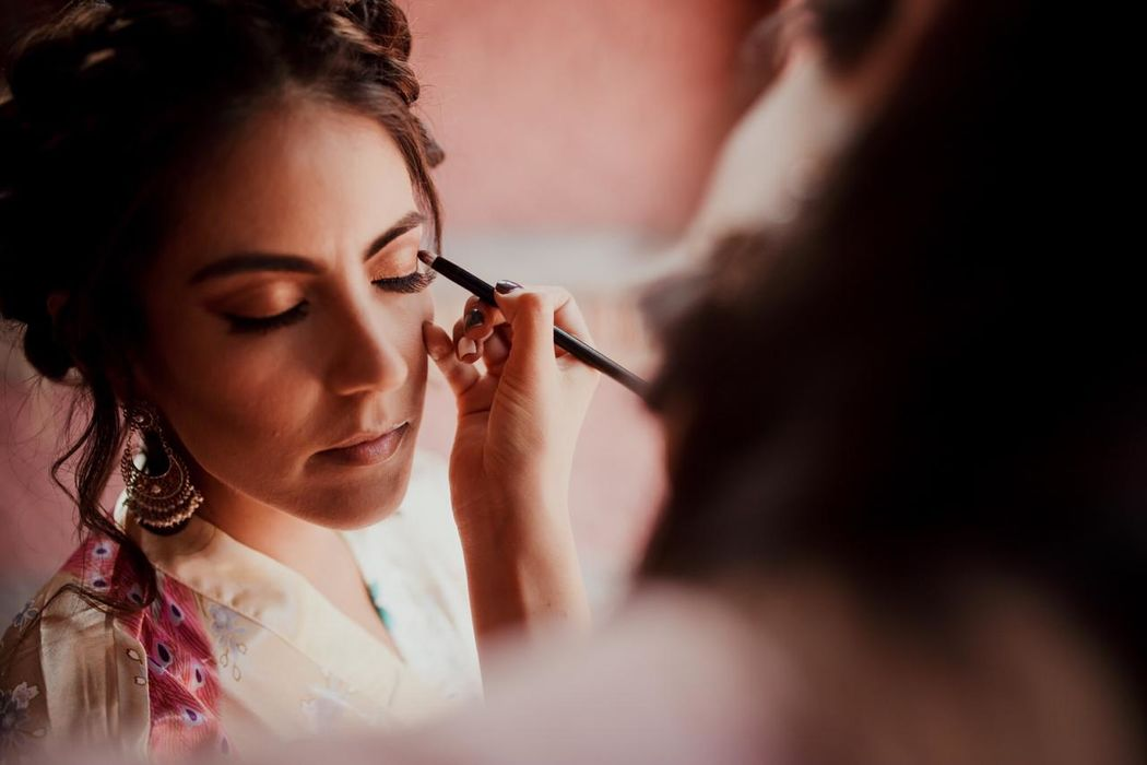 Ali Ramírez Maquillaje y Peinado
