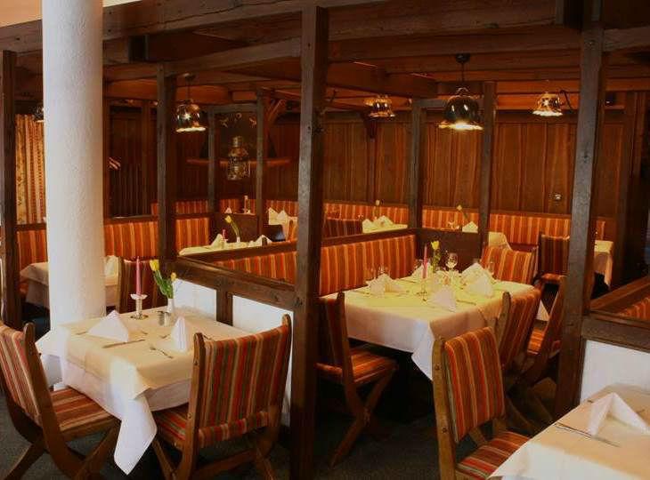 Beispiel: Restaurant, Foto: Hotel Rheinsberg am See.