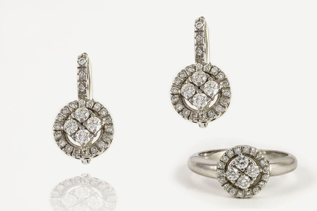 Pendientes y anillo oro blanco y diamantes cierre gancho