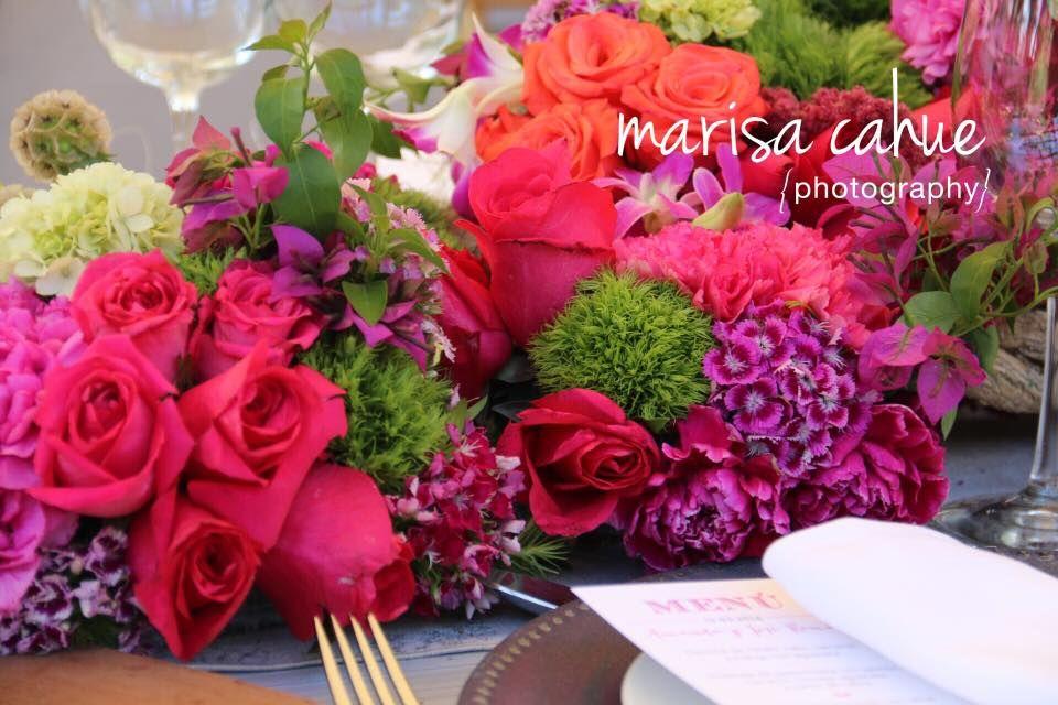 Eventos Floristika, sabemos que la utilización de color es muy importante, por lo cual hacemos la mejor propuesta en cuanto a color y combinación de flor para tu evento. Evento Boda jardin en el Pedregal DF