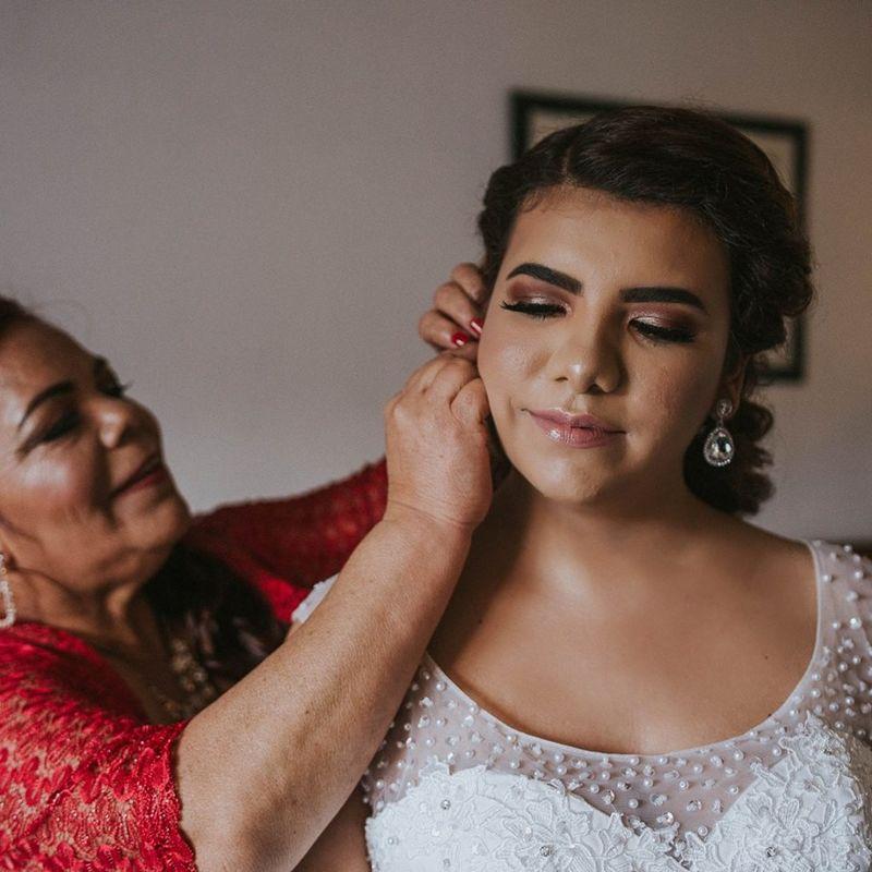 Karen Najera - Makeup Artist