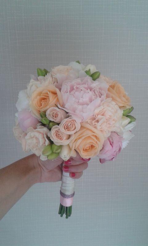 Bouquet de mariée pastel/Estelle Leclerc