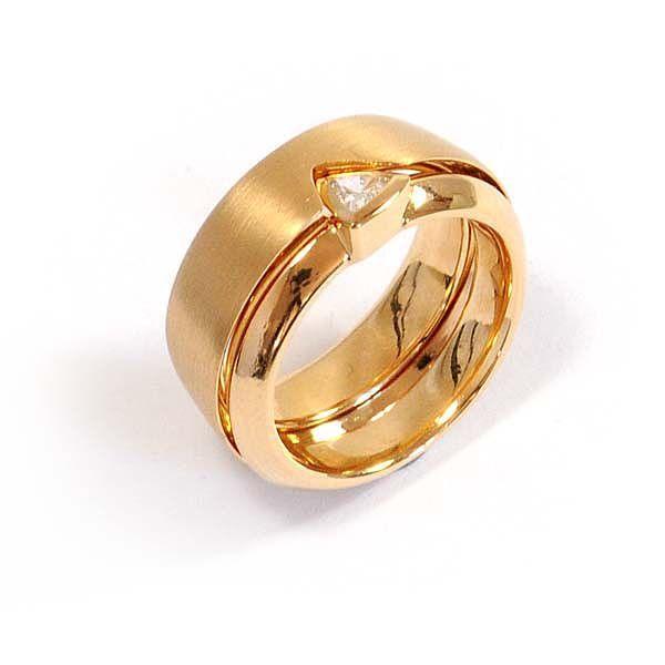 Verlobungsring mit Ehering in Gelbgold