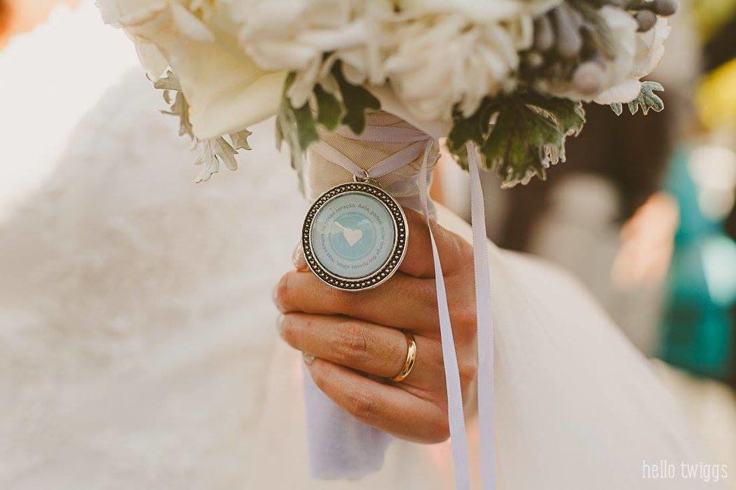 Medalha de Bouquet [Fotografia por: Hello Twiggs®]