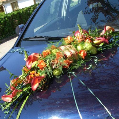 Beispiel: Autodekoration, Foto: Blumen Beilner.