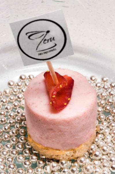 Alta repostería y mesas de postres gourmet para bodas - Foto Zeru