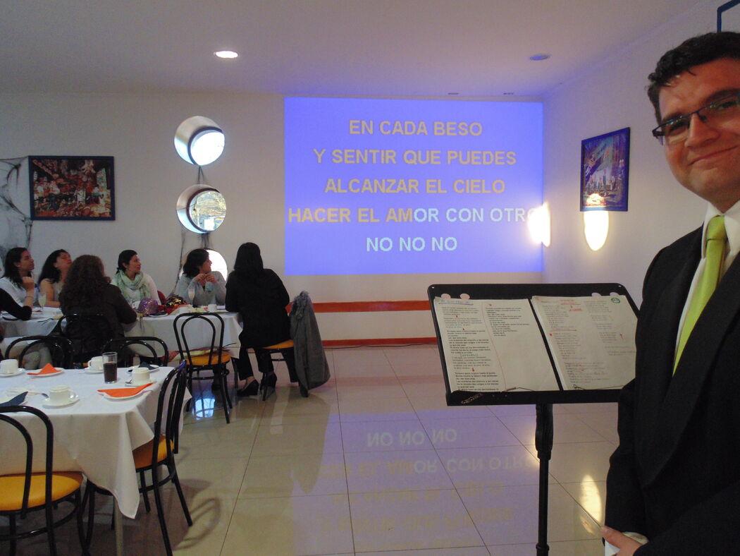 Evento Señoras de Efectivos de la Armada, Base Naval de Talcahuano. Octubre de 2015.