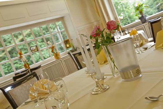 Beispiel: Tischdekoration, Foto: Parkhotel am Heger Holz.