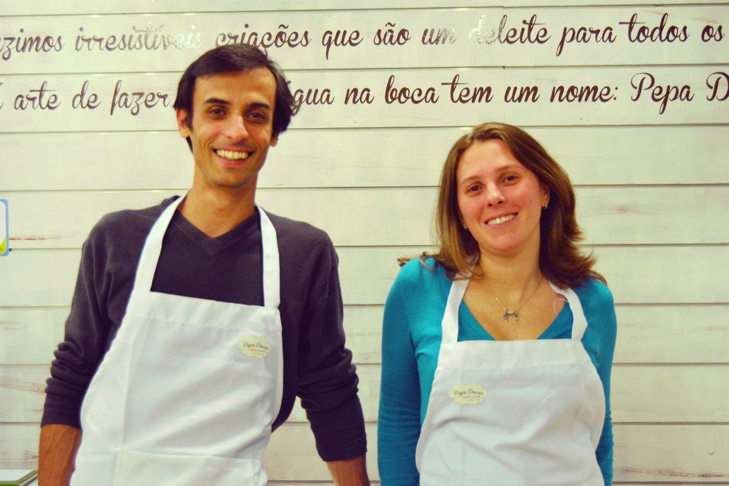 Pedro e Paola Rebelo, os empreendedores à frente do projecto Pepa Doces