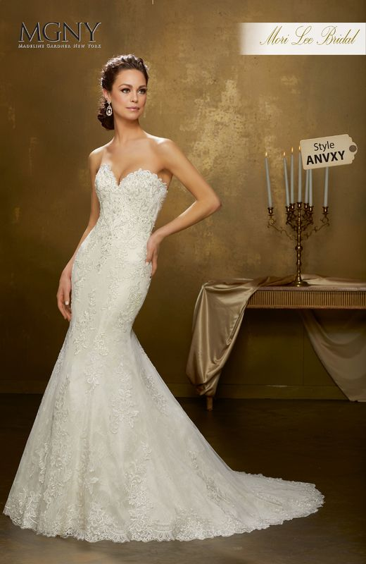 Style ANVXY Oniella  Crystal beaded, frosted lace applqiués on tulle with hemlace over chantilly lace  Detachable tulle train