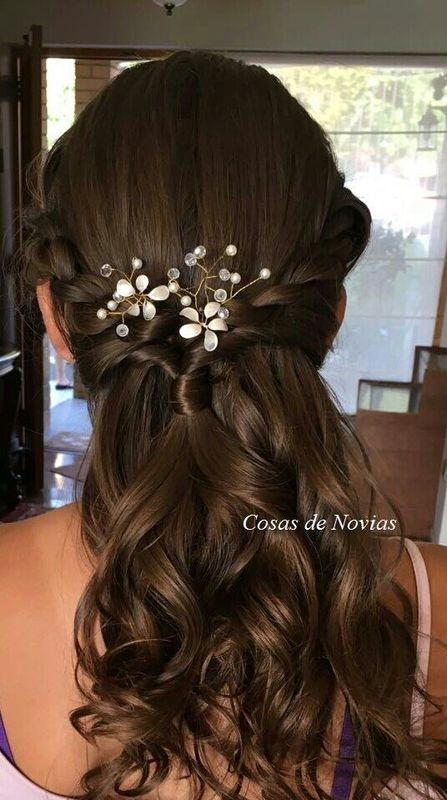 Horquillas decoradas con ramas de pedrería cristal, perlas y flores esmaltadas