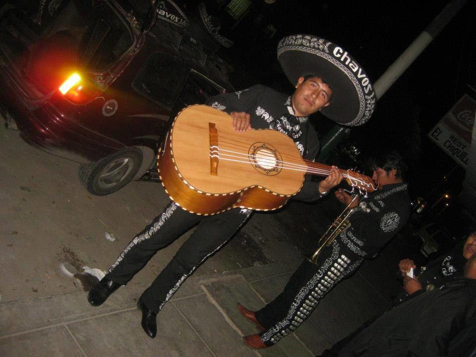 Mariachis en Arequipa