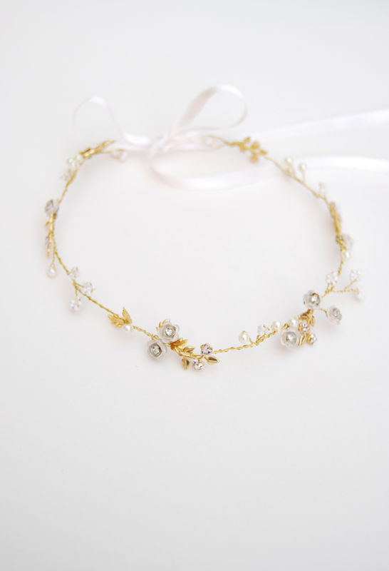 Coroncina con romantiche roselline smaltate - accessorio damigella | Elibre Handmade