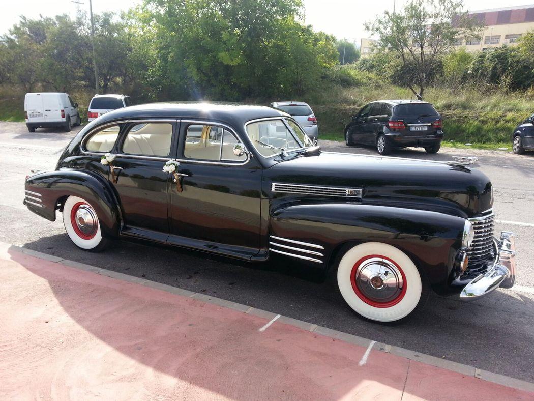 CA025 1941 Cadillac Serie 61 Especial