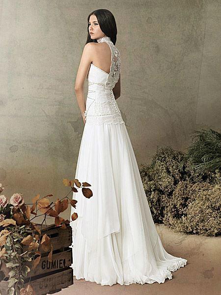 Beispiel: Ihr persönliches Brautkleid, Foto: Liluca St. Gallen.