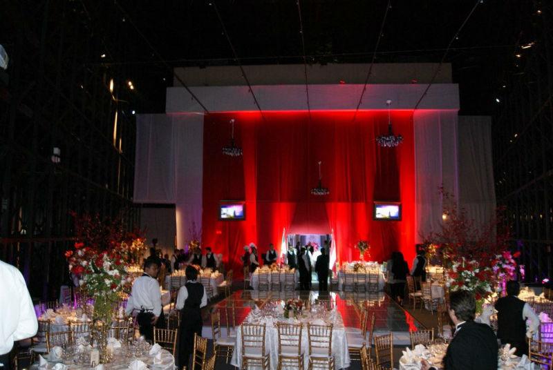 Diseño y construcción de ambientación distintiva para boda - Foto Art Fleur