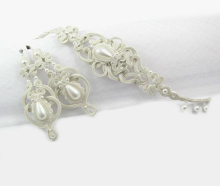 Małgorzata Sowa - PiLLow Design, Biżuteria ślubna sutasz. Ażurowe kolczyki i bransoleta, wykonane z pereł Swarovski oraz pereł Seashell, kolor IVORY