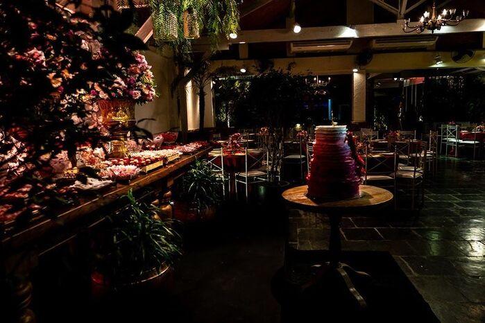 Fruta Pão Night Club
