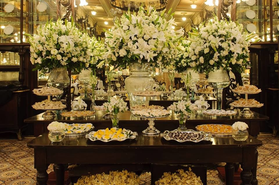 Mesa de doces Confeitaria Colombo Foto: Photos Boutique