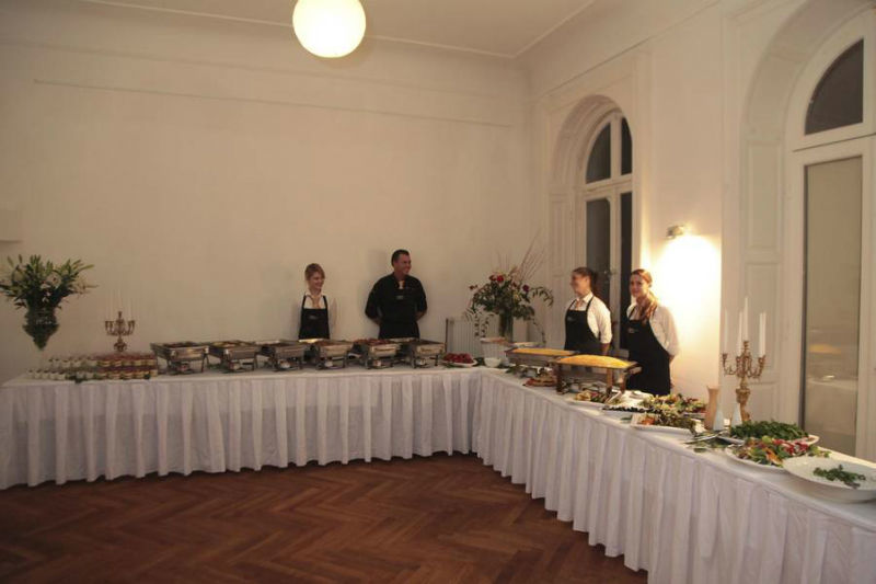 Beispiel: Buffet-Variante, Foto: Golden Catering.