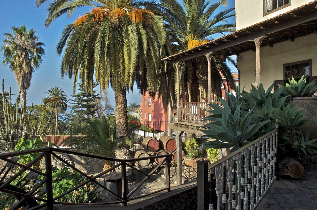Casa Balcones