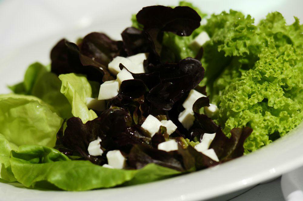 Beispiel: Salat, Foto: Garten Hotel Maria Theresia.