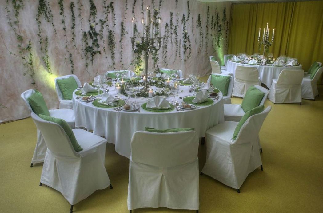Beispiel: Hochzeitsgedeck, Foto: Seehotel Wilerbad.