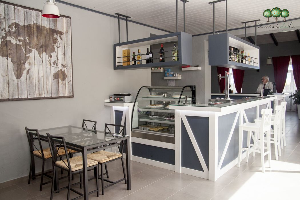 Quinta dos I's  Bar