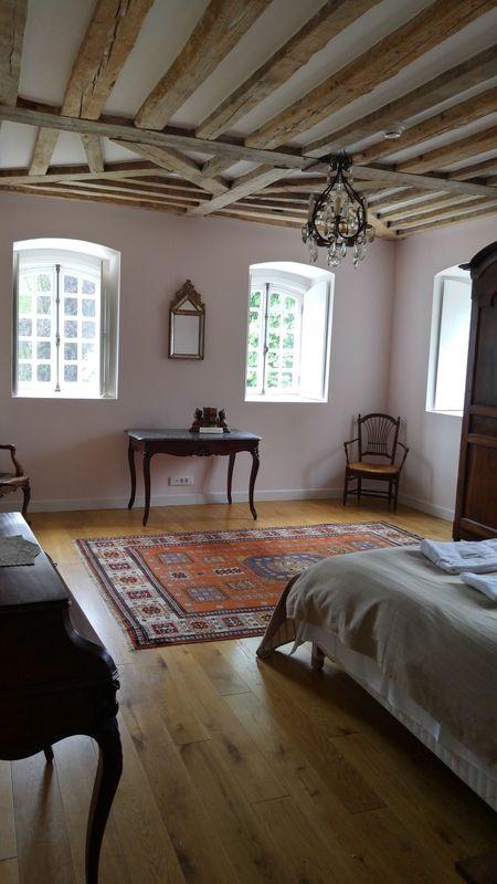 chateau room