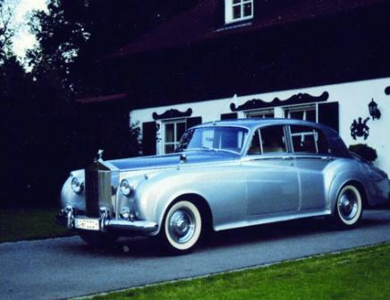 Beispiel: Hochzeitsauto, Foto: Gut Grafenried.