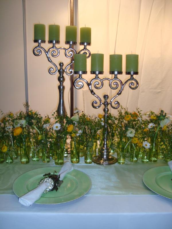Beispiel: Tischdekoration, Foto: Blumen Gran.