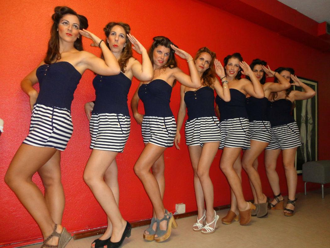 Despedidas de Solteira . Aulas de Dança Burlesco, Pin up, Cabaret - All that jazz  Jantar Low Cost, Sessões Fotograficas